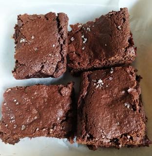 Top view of pieces of vegan salted caramel brownie