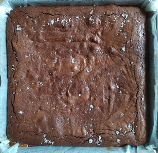 Whole tray of chocolate salted caramel brownie